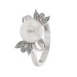 14KT White Gold 5.59ct Pearl and Diamond Ring