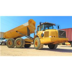 2005 VOLVO A25D 6X6 ARTICULATED DUMP TRUCK, 6335 HOURS