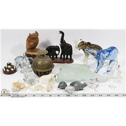 BOX OF ASSORTED ESTATE INCL CRYSTAL BEARS, ROYAL