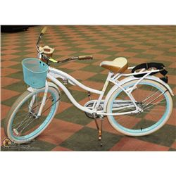 HUFFY NEL LUSSO CRUISER BIKE WITH BASKET, RACK &