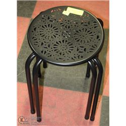2 METAL BLACK STOOLS/PLANT STANDS