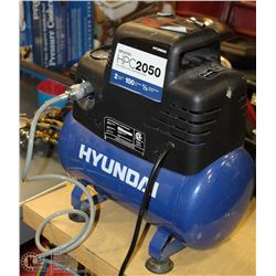 HYUNDAI 100PSI AIR COMPRESSOR WITH HOSE
