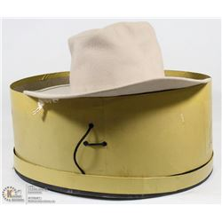 VINTAGE COWBOY HAT IN STETSON BOX