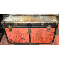 METAL STEAMER TRUNK VINTAGE