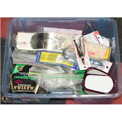 CONTAINER OF FISHING TACKLE