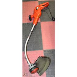 B&D 7.2 AMP WEEDEATER, ADJUSTABLE LENGTH AND