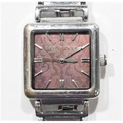 TED BAKER ANALOGUE WATER RESISTANT WATCH