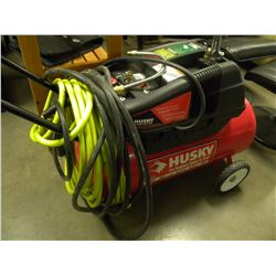 HUSKY 5 HP 13 GALLON AIR COMPRESSOR WITH HOSE & ACCESSORIES