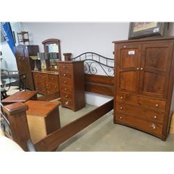 6 PIECE SOLID PINE BEDROOM SUITE SET (QUEEN SIZE)
