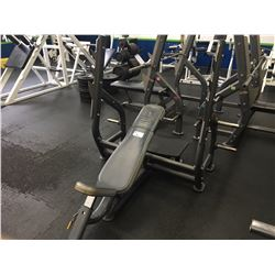 INCLINE BENCH PRESS WITH SPOTTER STOOL