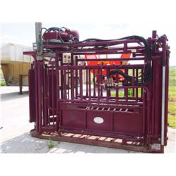 Stampede Steel Hydraulic Cattle Squeeze