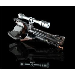STAR WARS: THE PHANTOM MENACE (1999) - Naboo Security Officer Blaster