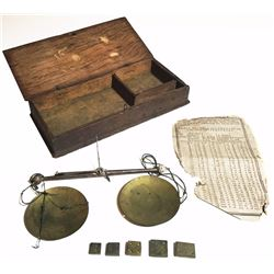 Early steel/brass balance scale for gold coins with brass pans and five weights, in original case, 1