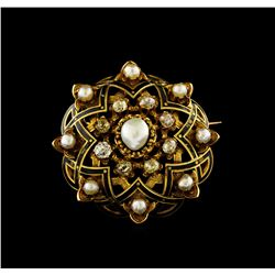 2.60 ctw Diamond and Pearl Brooch - 18KT Yellow Gold