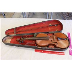 Unmarked Violin w/300 Year Old Case