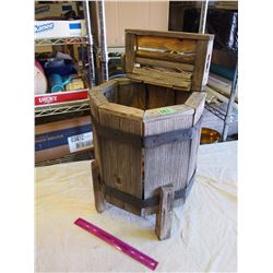 Wooden Garden Wash Machine