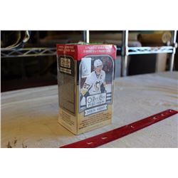 Sealed Box of 2015-16 O-Pee-Chee Platinum Hockey Cards