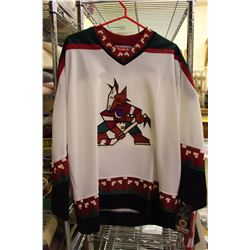 Phoenix Coyotes Jersey– CCM Men's Large, Officially Licensed by NHL