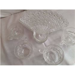 Glass Fan Shaped Luncheon Plates With Cups (4)