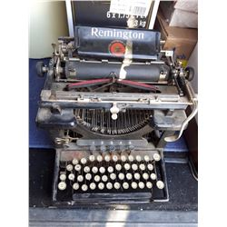Old Remington Manual Typewriter