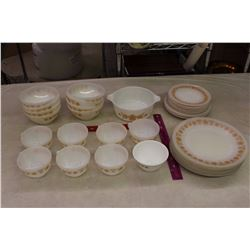 Lot of Thermo-Rey Glass Dishes& A Pyrex Casserole Dish(472-B)