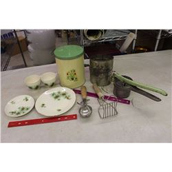 Lot of Vintage Green Coloured Kitchenware(Flour Sifter, Ice Cream Scoop, Etc;)