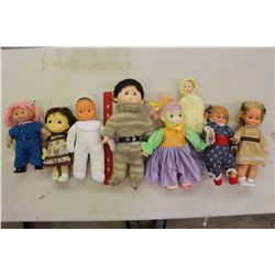 Lot of Vintage Collectible Dolls (8)