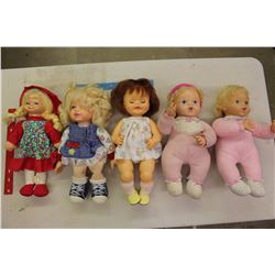 Lot Of Vintage Dolls (5)