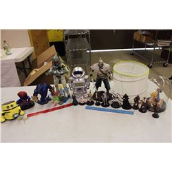 Lot of Figurines (Star Wars, Spiderman, Dark Souls, Etc)