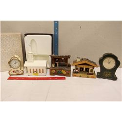 Lot of Vintage Wind-Up Music Boxes (5)
