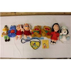 Lot of Vintage Stuffed Toys(Sesame Street Characters, Lucy&Snoopy w/1971 Book)
