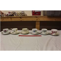 Lot of Matching Teacups And Saucers (6)