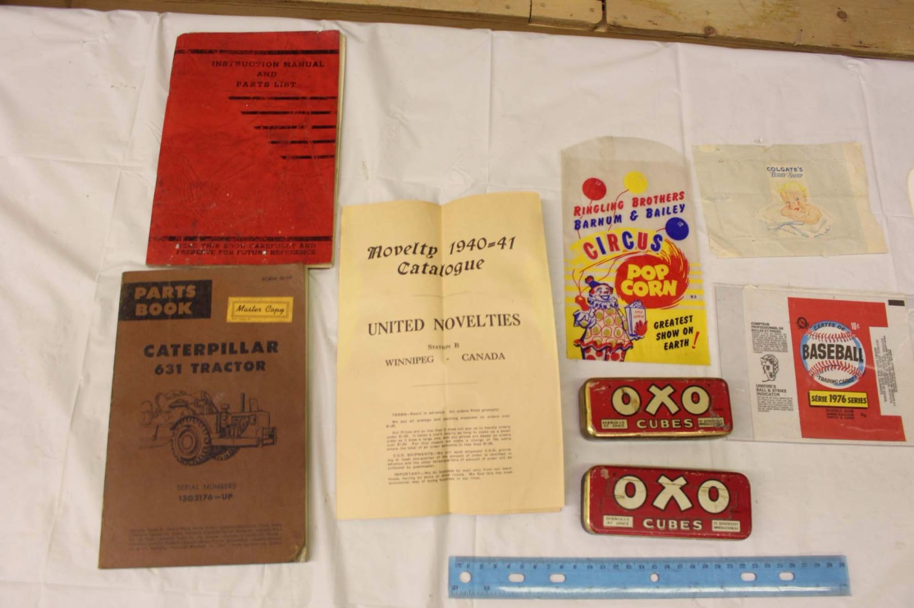 ... Image 2 : Lot Of Vintage Manuals And Misc. (Novelty Catalogue,  Caterpillar Tractor ...