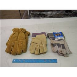 Lot Of Work Gloves (3 Pairs)