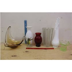 Lot of Glass Vases& Glass Art Pieces