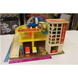 Fisher Price Parking Ramp&Service Center Toy w/2 Cars&Helicopter