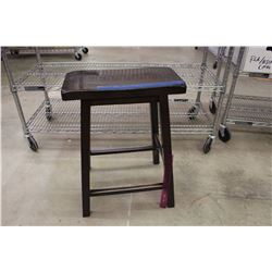 Lot of Bar Stools (6) (Sold 6 Times The Money)