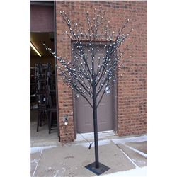 Everlasting Glow LED Lighted Tree (8ft/2.43m)(Indoor/Outdoor)(New)