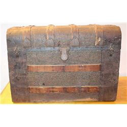 """Antique steamer trunk, approximately 21"""" in  height, 30"""" wide and 18"""" deep; with interior  inset dra"""
