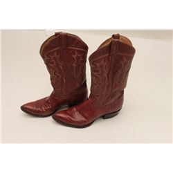 Pair of man's size 8 chocolate colored lizard  skin boots in box; very good condition.     From the