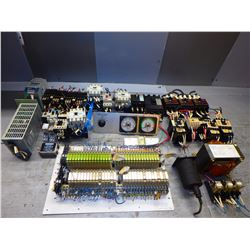 MISCELLANEOUS ELECTRONICS LOT!! POWER SUPPIES, CIRCUIT  BREAKERS, CONTACTORS AND MORE!! SEE PICS!!!