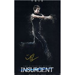 Shailene Woodley Insurgent Signed 11x17 Photo