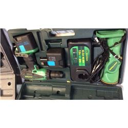 """John Deere"" 18v drill and flash light (et-3503-j)"
