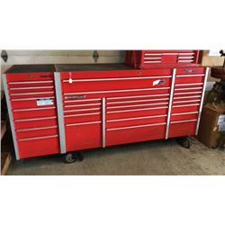 Snap On 22 Drawer Box And 7 Drawer End Cab