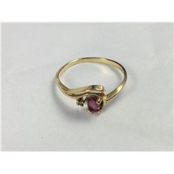 10ct Gold Ring with Pink Stone - Size 7 - 17 1/4 mm ID