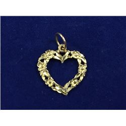 14ct Gold Rose Heart Shaped Pendant - 11mm long