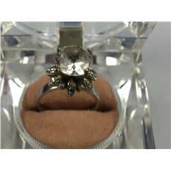 Art Deco 18ct & 14ct White Gold Ring with Large Princess Cut White Topaz  - 15.50mm ID - Weight 4.63