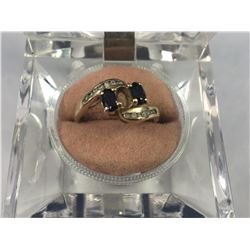 14ct Gold & Double Sapphire Ring (Missing A Centre Stone ) 16.25mm ID - Weight 2.82 Grams
