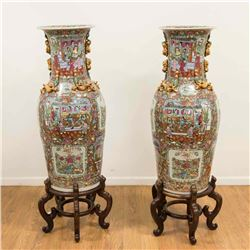 Pair Chinese Porcelain Rose Medallion Palace Urns
