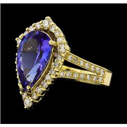 3.10 ctw Tanzanite and Diamond Ring - 14KT Yellow Gold